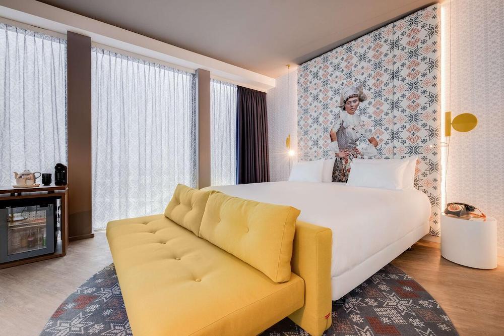 Amsterdam NHow hotel